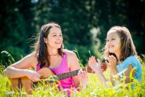 chanter et jouer de la guitare en même temps